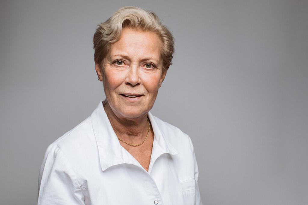 Hausarzt Attenkirchen - Coutelle - Team - Elisabeth